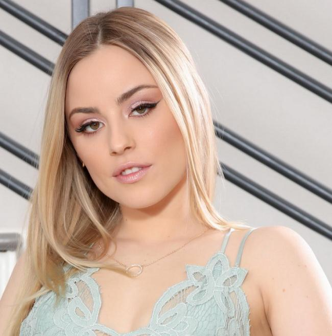 Anna Claire Clouds - My Stepdaddy Is My Sugar Daddy 2 (2021 LethalHardcore.com) [FullHD   1080p  954.78 Mb]