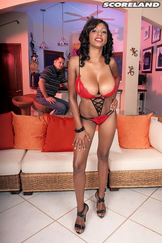 Scoreland.com   ScoreHD.com: Every Inch A Woman Starring: Lil Chica
