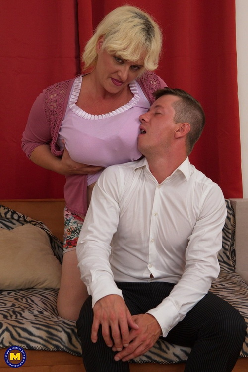 big breasted temptress doing her toyboy - Agness (43) [Mature.nl/Mature.eu] (FullHD 1080p)