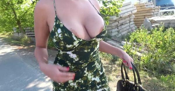Busty crazy MILF in hot public fuck - Amaranta Hank [PublicAgent/FakeHub] (HD 720p)