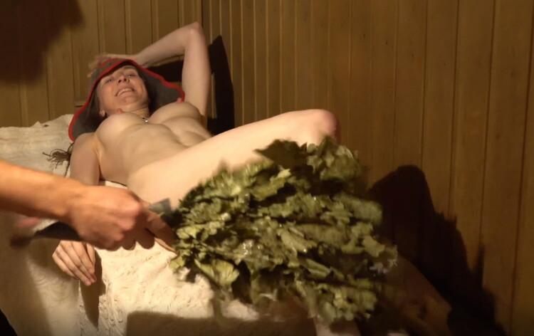 realdaddysangel - Russian Sauna Fun with LisichkaMila very Hot Sweaty Fuck and Cum in Mouth (2021/Porn) [UltraHD 2K/2158p/ 606 MB]