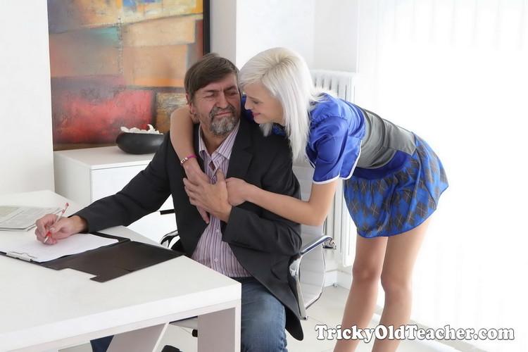 Misa - Cunning Misa seduces her tricky old teacher for better grades in school (2021/TrickyOldTeacher) [UltraHD 4K/2160p/ 2.67 GB]