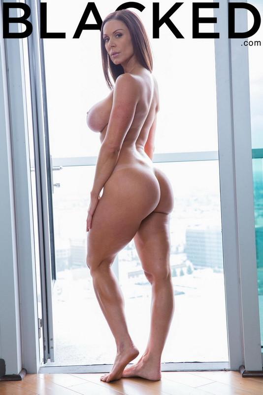 Blacked.com: Fitness Babe Loves Huge Black Cock Starring: Kendra Lust
