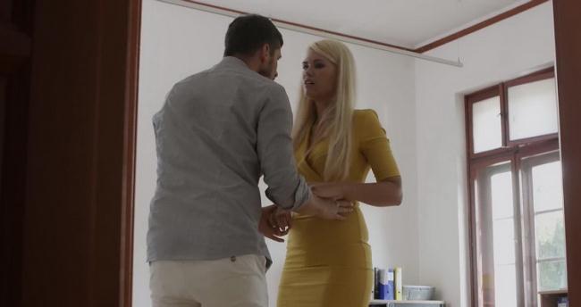 Wicked.com: Blonde Babe Fucked Starring: Izzy Delphine