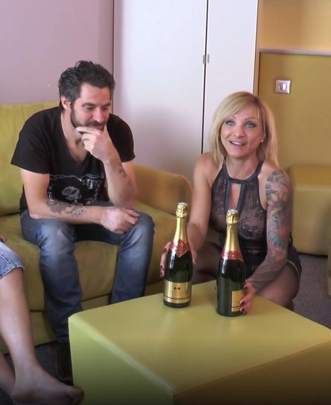 Lisa - Lisa finit son sejour en beaute ! (2021 JacquieEtMichelTV.net Indecentes-Voisines.com) [FullHD   1080p  1.42 Gb]