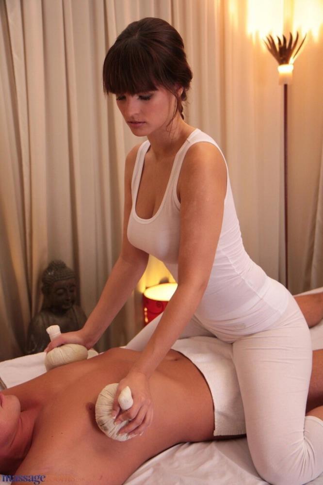 Rita - Rita on Libor (2021/MassageRooms) [FullHD/1080p/ 1.97 GB]