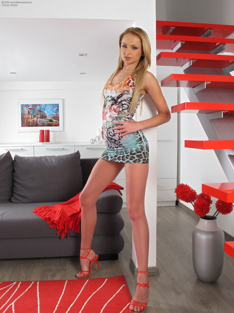 Ivana Sugar - Big cock in beautiful girls virgin ass [FullHD/1080p/1.07 GB] Bangmyteenass