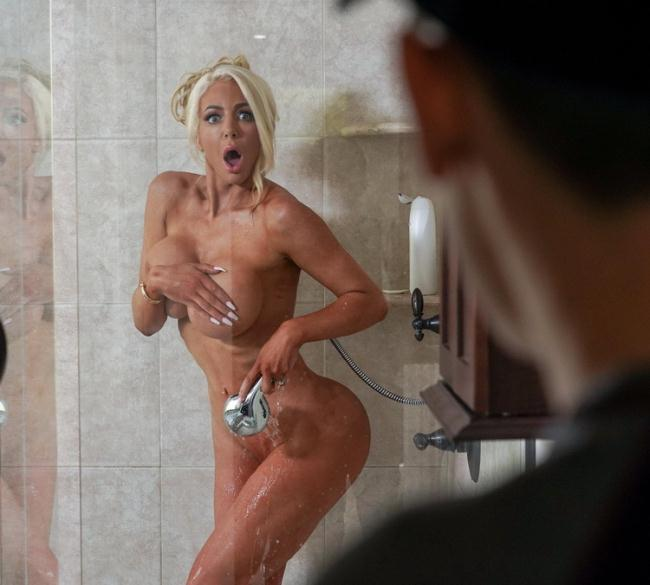 Nicolette Shea - Front Page Poon (2021 LilHumpers.com RealityKings.com) [FullHD   1080p  1.62 Gb]
