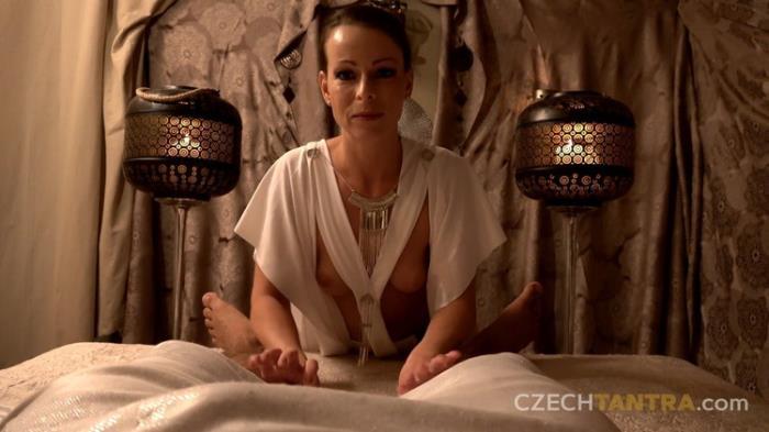 CzechTantra.com Czechav.com: The essence of divine passion Esence bozske vasne Starring: Caroline Ardolino