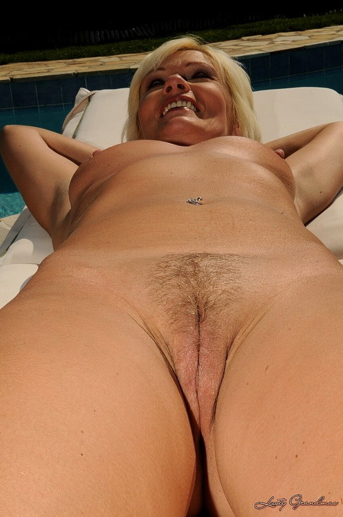 LustyGrandmas 21Sextreme 21Sextury: The Rich Widow Starring: Kate Blonde