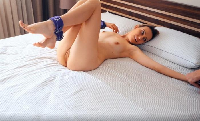 Onlyfans.com: Bound Wife Screams and Moans during Orgasm and Releases Pussy Juice Starring: Kiss Cat