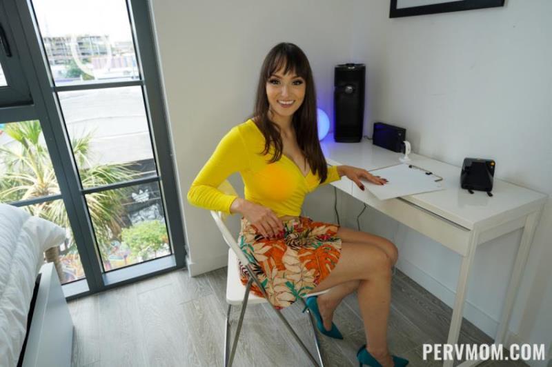 PervMom.com/TeamSkeet.com - Lexi Luna - Rewarding Good Behavior [HD 720p]