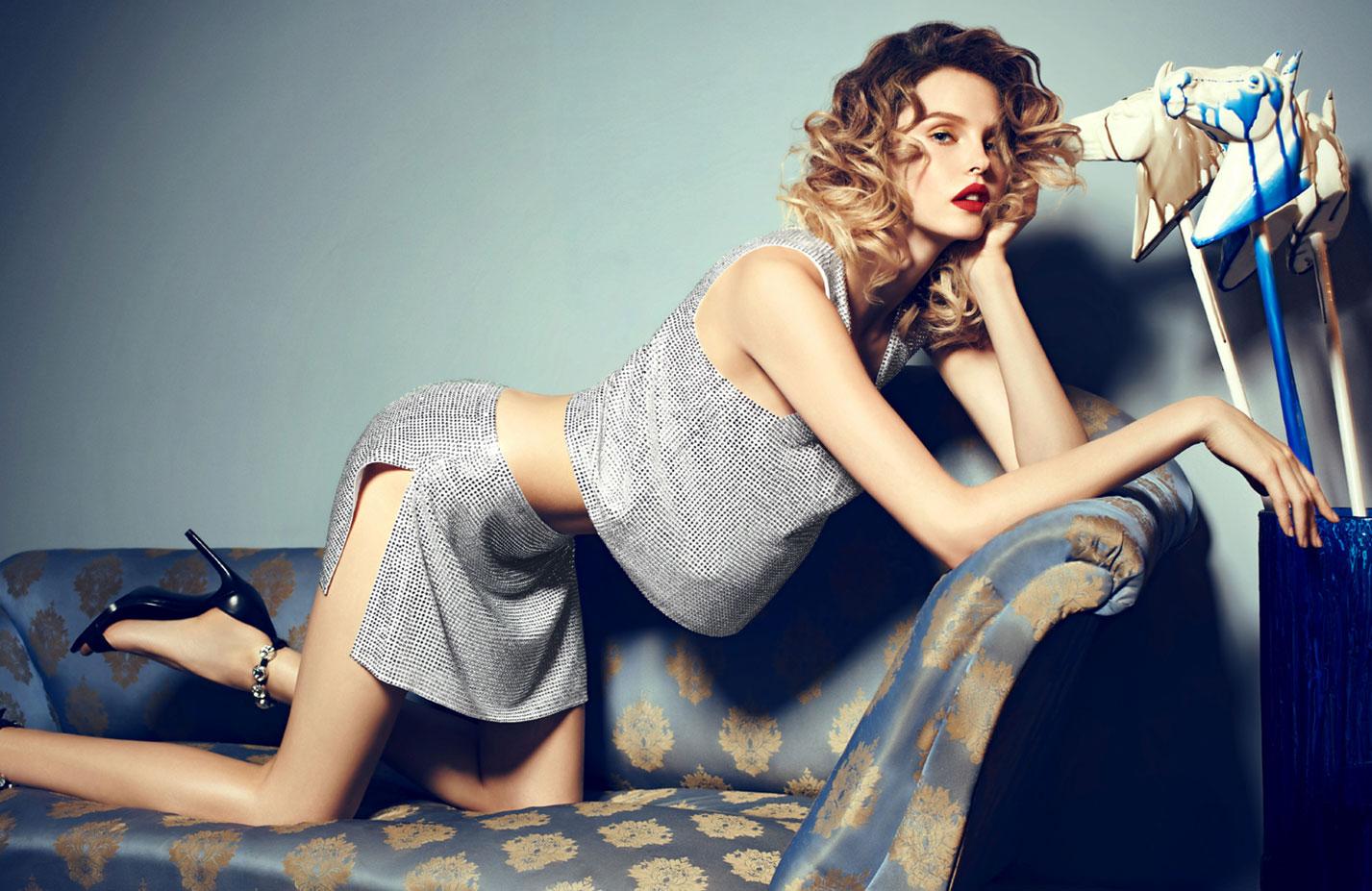 Антонина Ермолина в рекламной кампании модного бренда Au Pont Rouge, весна-лето 2017 / фото 01