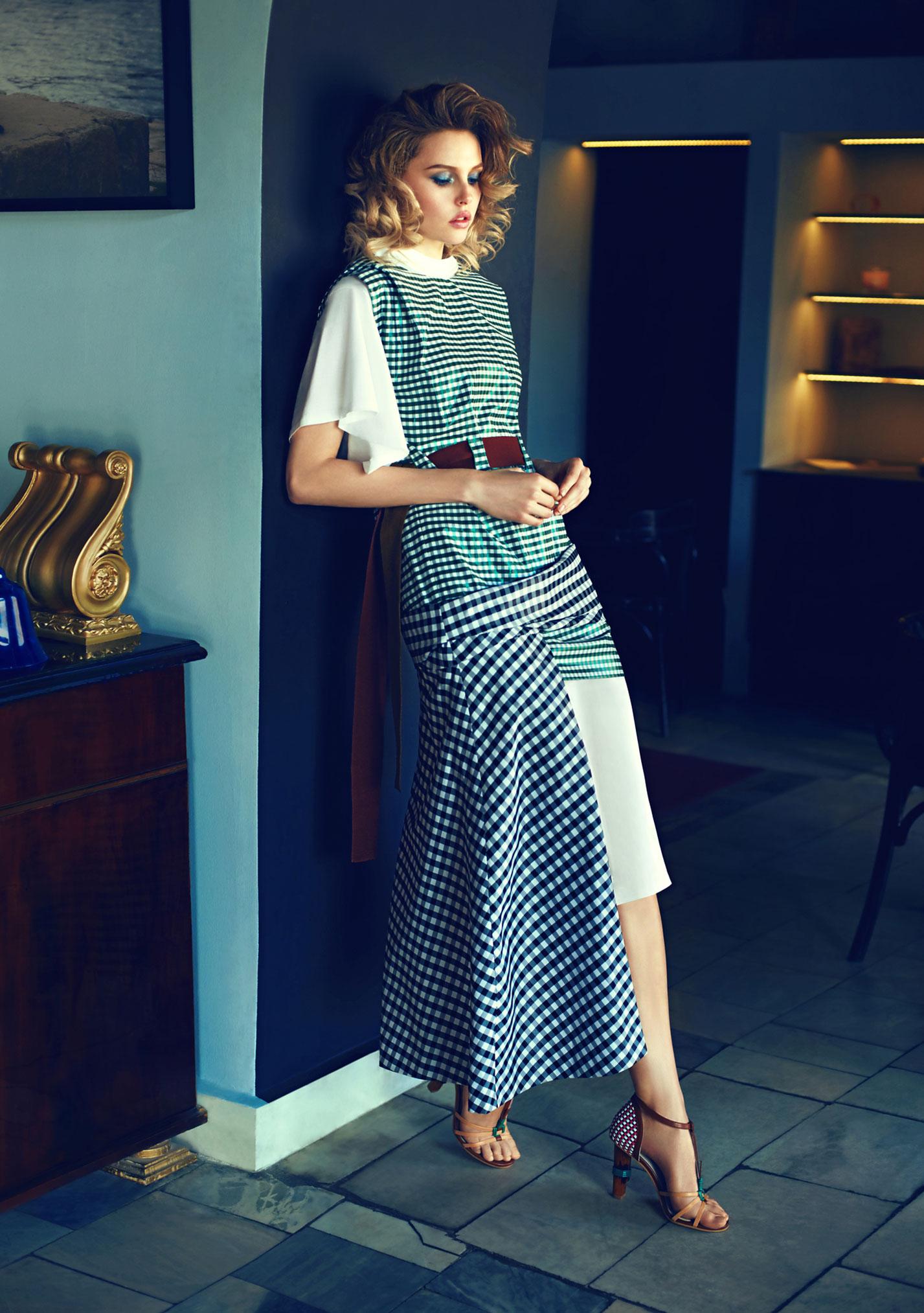 Антонина Ермолина в рекламной кампании модного бренда Au Pont Rouge, весна-лето 2017 / фото 06