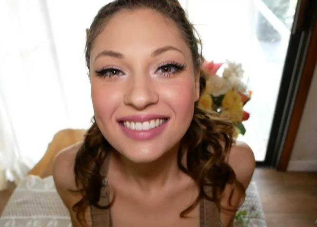 OnlyFans: Video 6 Starring: Anna Blossom