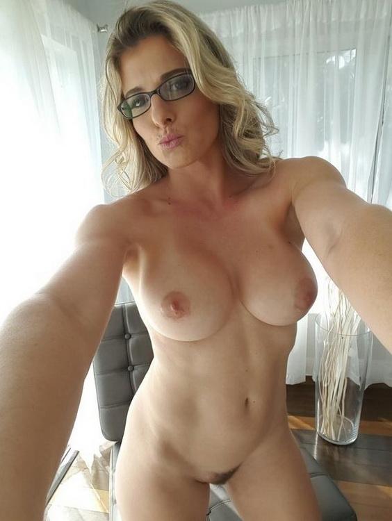 PureMature.com: Irresistible Stepmom Starring: Cory Chase