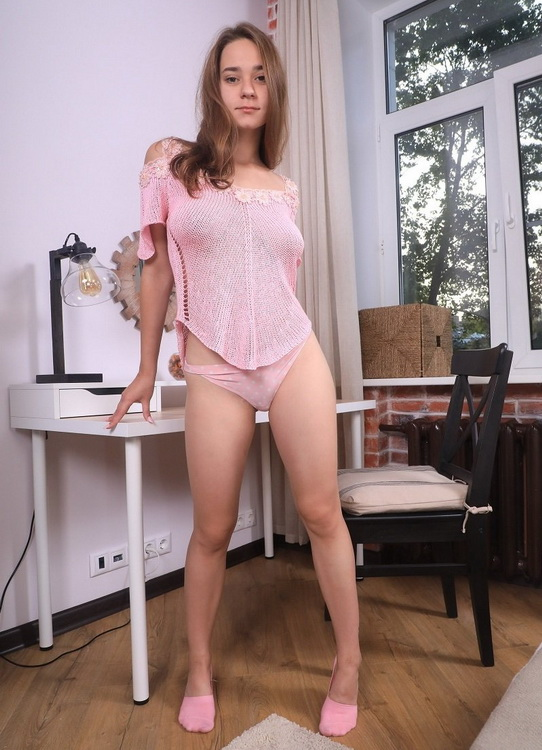 Kecy Hill - Hottie rides dildo on table (Beauty-Angels/TeenMegaWorld) FullHD 1080p